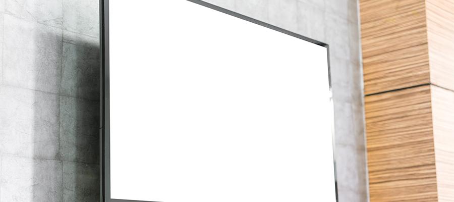 50インチ以上の大型壁掛けテレビを設置する際の注意点